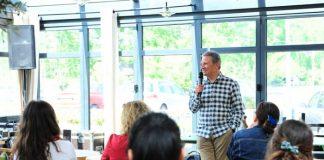 Geçtiğimiz hafta sonu Kemerburgaz Kahve Dünyası'nda gerçekleşen Yekta Kopan'la Kahve Sohbeti, okurların soruları ve Kopan'ın çarpıcı yanıtlarıyla çok keyifli bir paylaşıma dönüştü.