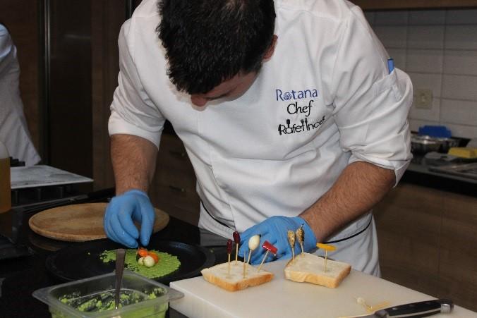 Executive Chef Rafet İnce foodthemental görseli.