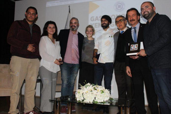 Chef Gabriele Sponza veEray Kılıç.